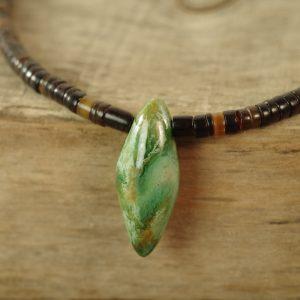 zielone wrzeciono w muszli