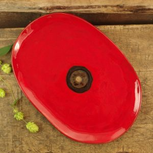 czerwony owal