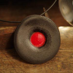 czerwona kropka